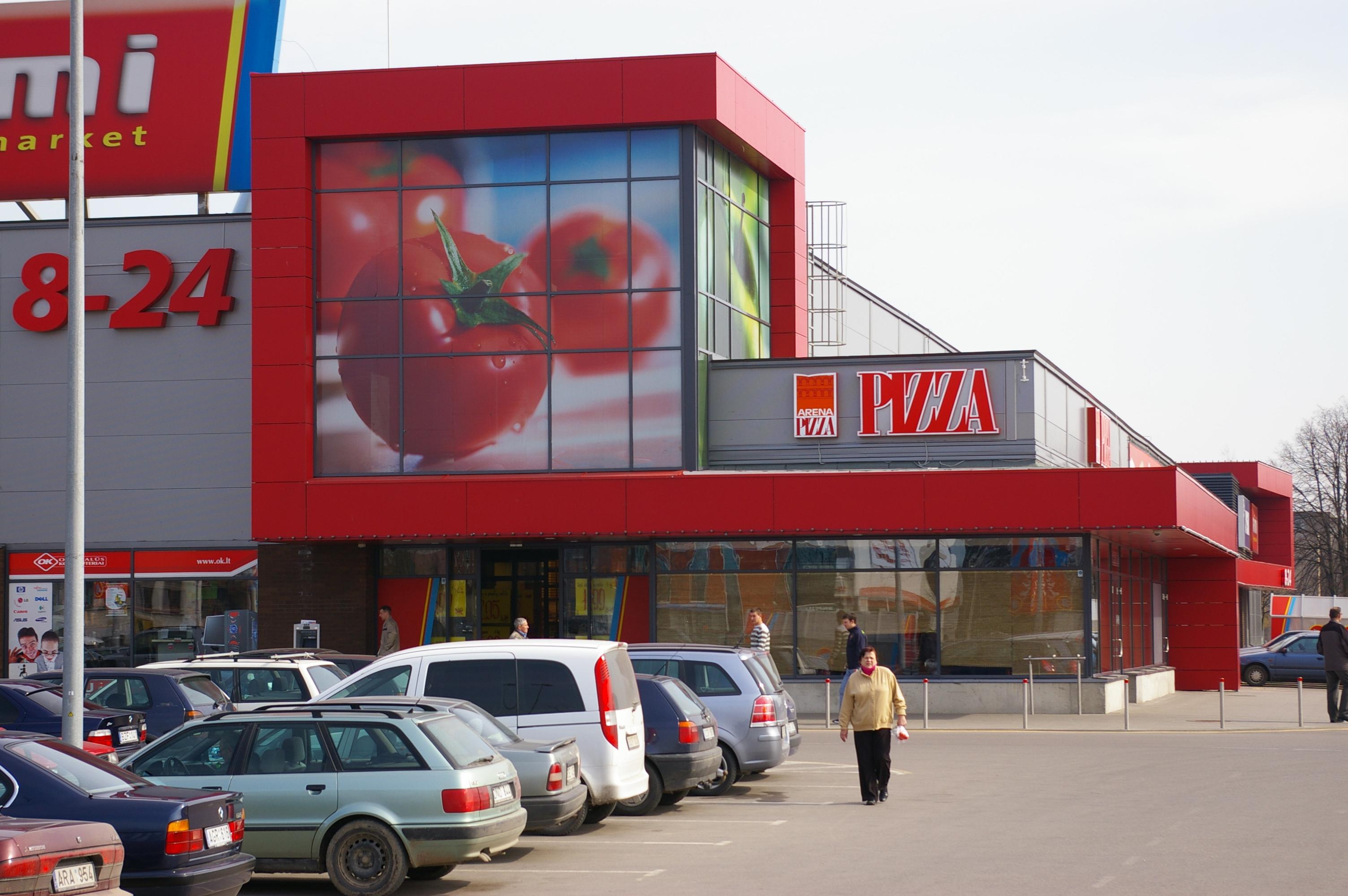 """Prekybos centras """"Rimi"""", S.Dariaus ir S.Girėno g., Marijampolėje, 2006"""